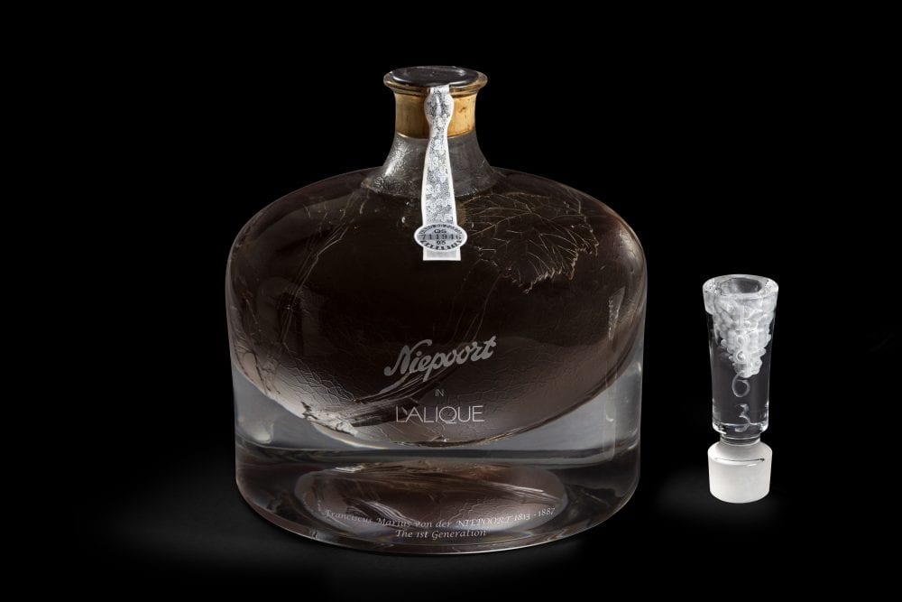 Niepoort-in-Lalique_Decanter_1-1000×667