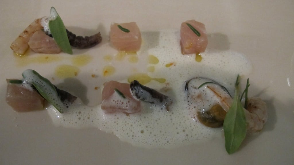Greater amberjack, marinated tartar, mussel and salicornia