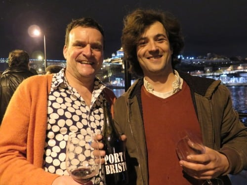 Not twins but Bristol and Oporto are twin towns and this collaboration between Antonio Mann of Xisto Wines & Mateus Nicolau d'Almeida of Muxagat is a wonderfully peppery, Rhonish Douro red.